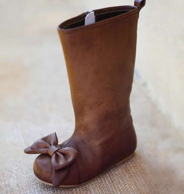 Joyfolie Maci brown leather boot with bow