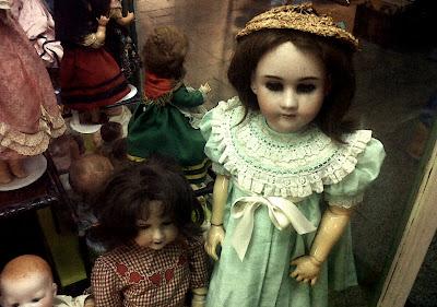 Muñecas en el mercado de San Telmo