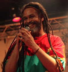 FRENCH REGGAE BAND RISES