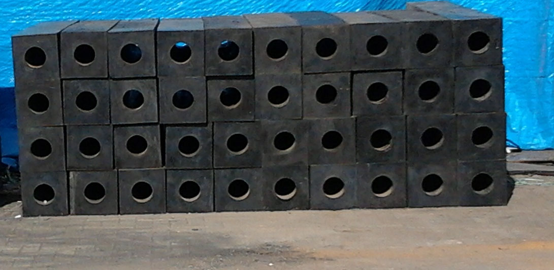 Rubber Fender Type Square