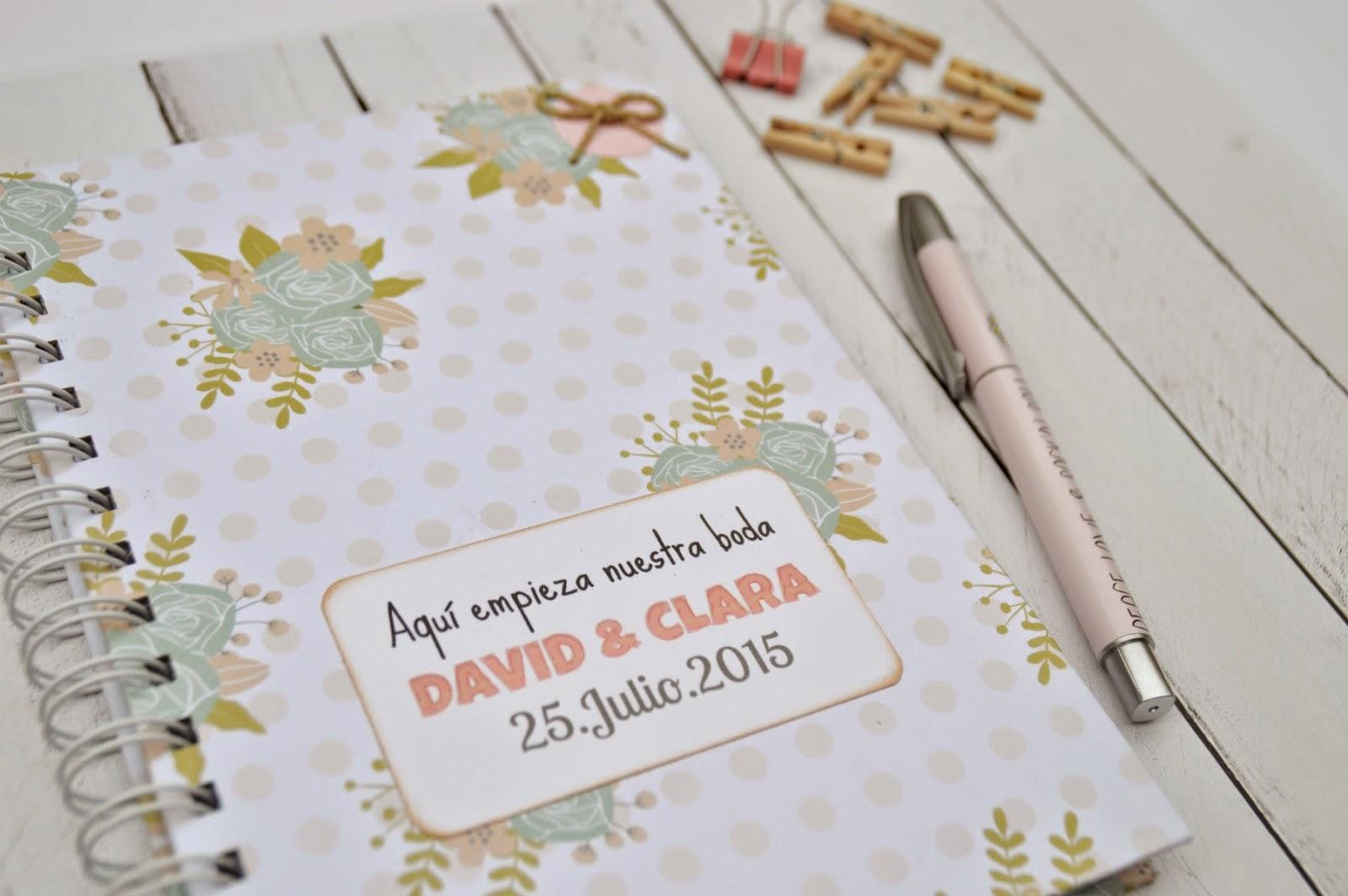 agenda de boda personalizada para novias originales de Lunares de Papel