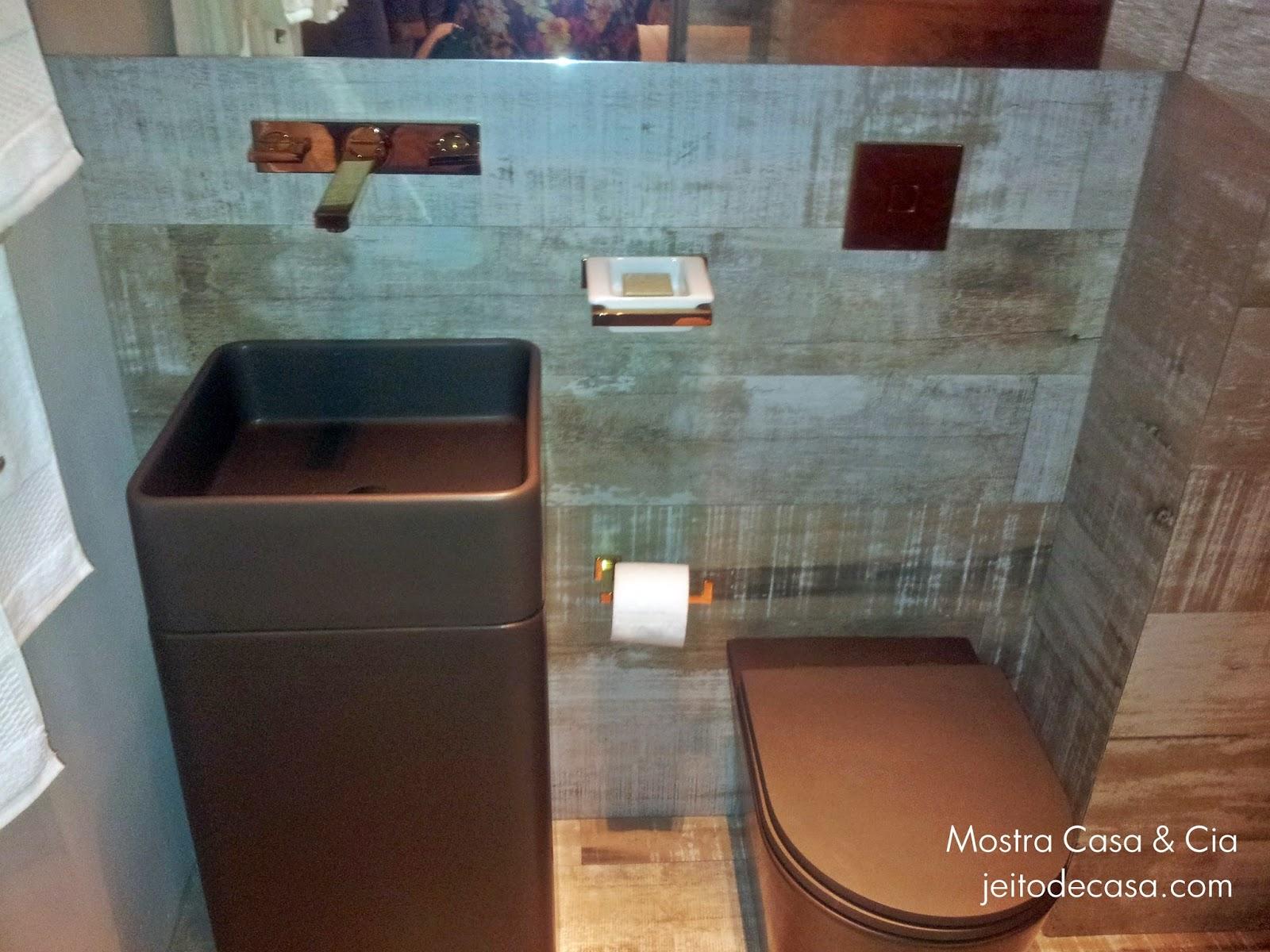 Porcelanato de madeira no banheiro!  Jeito de Casa  Blog de Decoração -> Cuba Banheiro Marrom