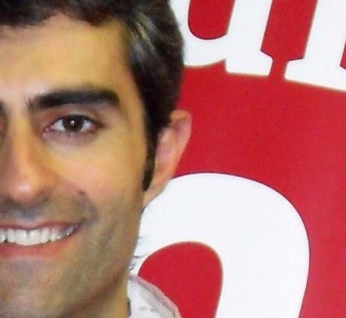 El secreter entrevista en la distancia a for Carles mesa radio nacional