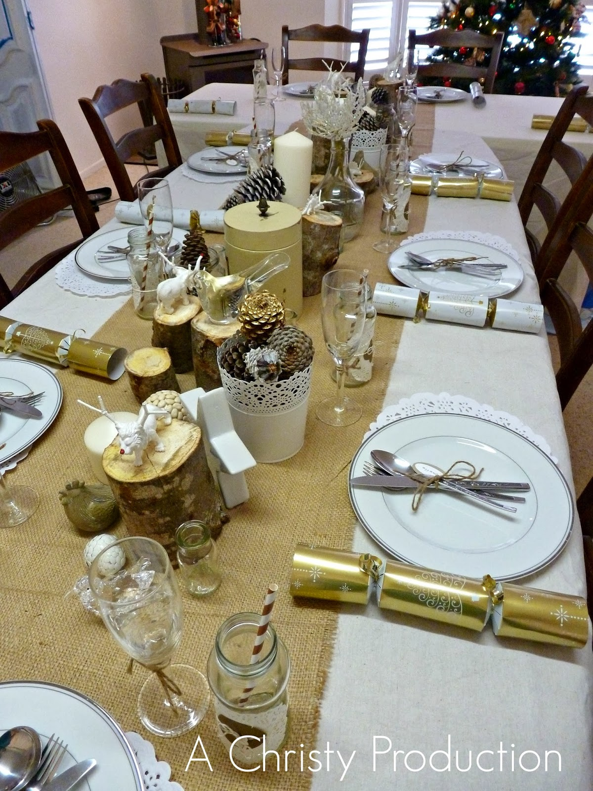 A christy production my cream gold christmas table setting for How to set a christmas table pictures