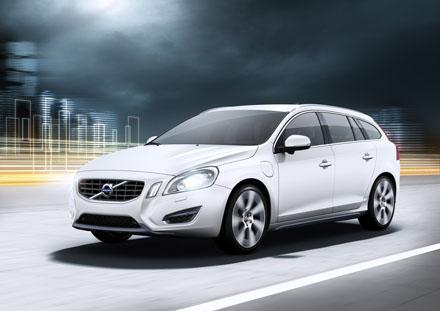 Volvos garage 2011 a volvo divulga mais informaes sobre a v60 plug in hybrid verso hbrida da perua que ser apresentada no salo de genebra sua fandeluxe Image collections