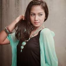 Biodata dan Foto Nina zatulini Pemain Aku Anak Indonesia
