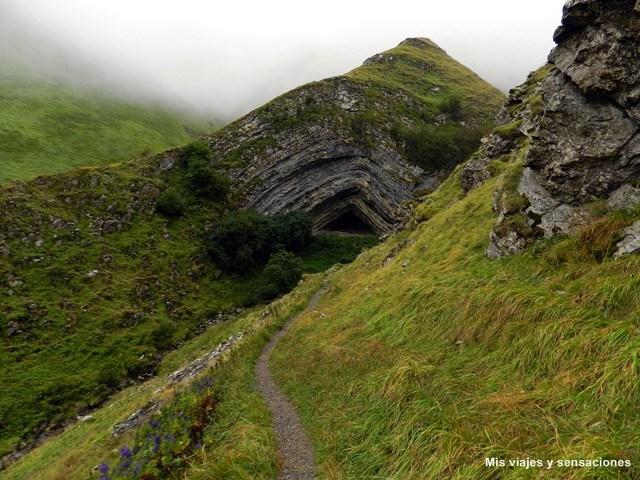 La cueva de Arpea, Navarra