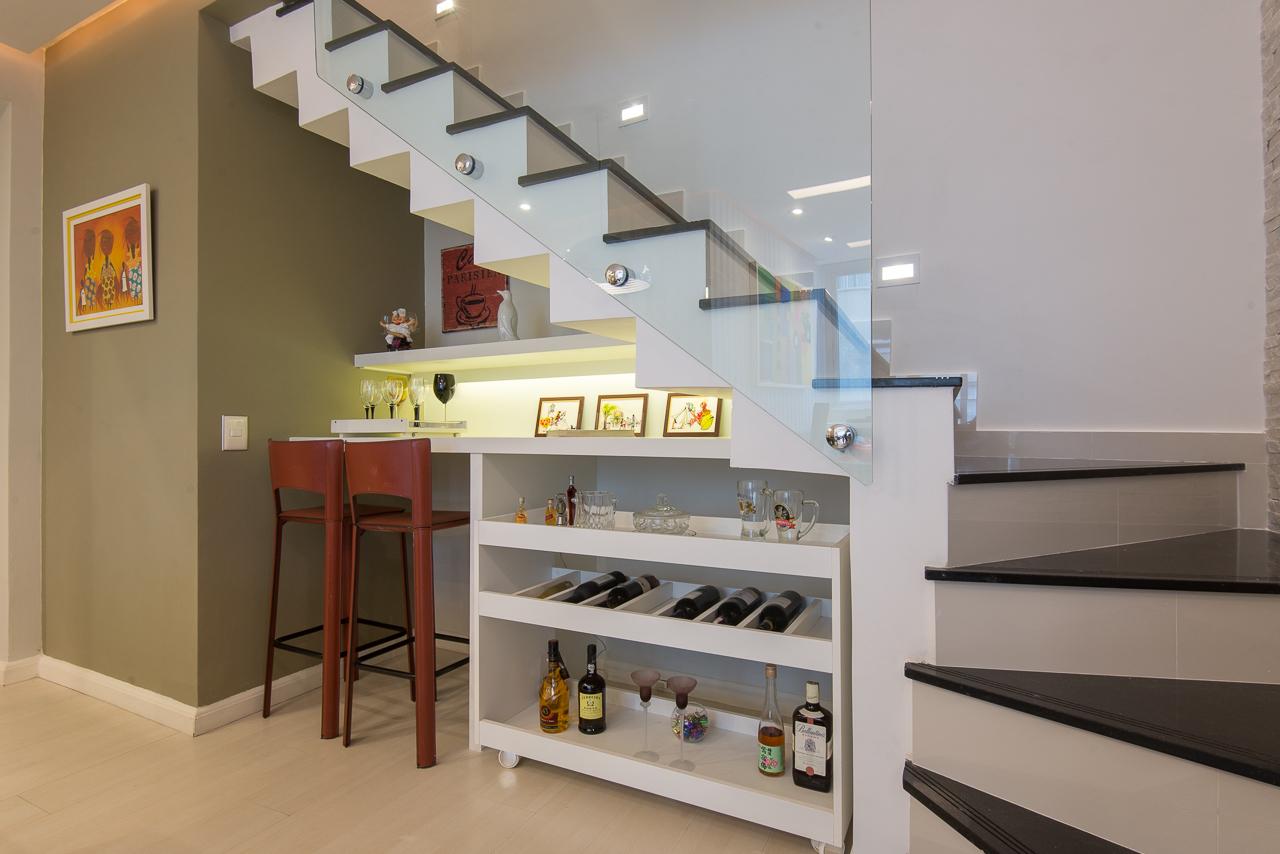 Construindo Minha Casa Clean Bar Embaixo Da Escada Veja Dicas E
