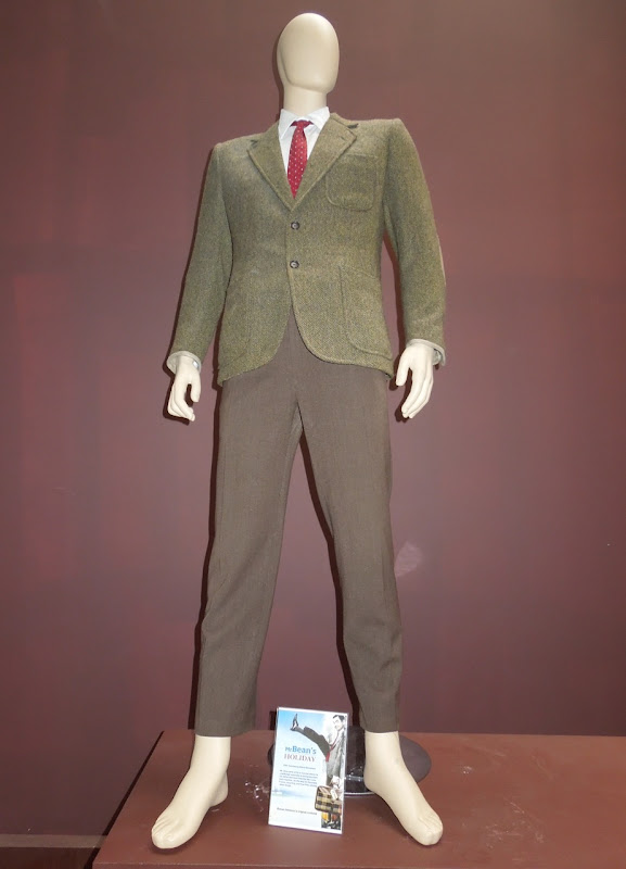 Rowan Atkinson Mr Bean costume