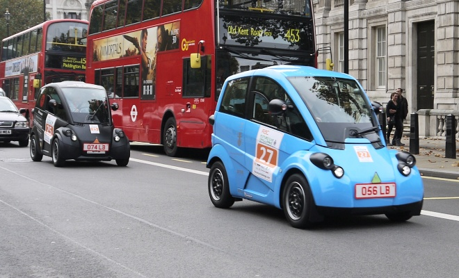 T27 and T25 on a London street