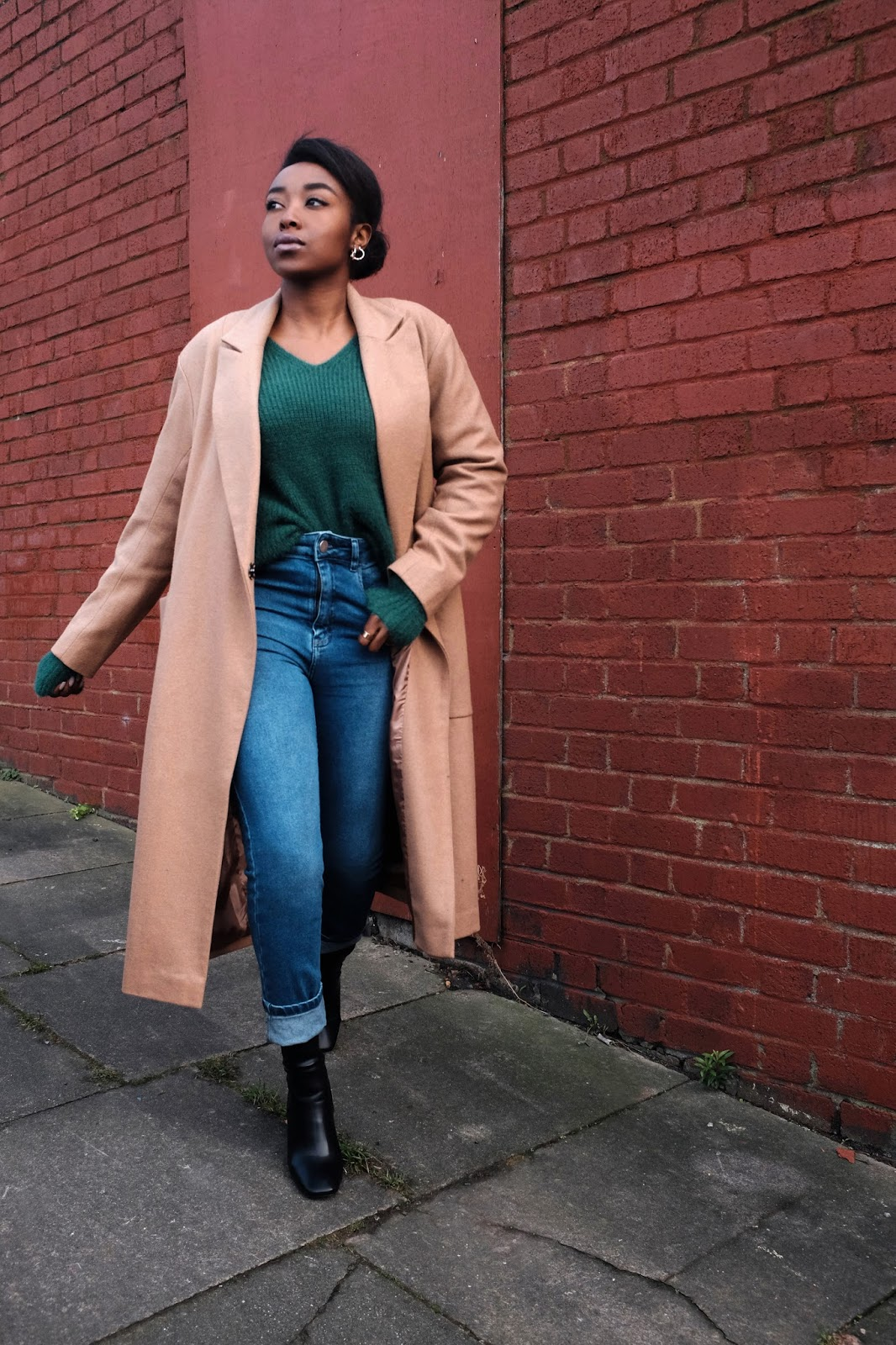 Asks camel wool coat Sheinside green v neck jumper blue wash urban outfitters girlfriend jeans black ego heeled boots