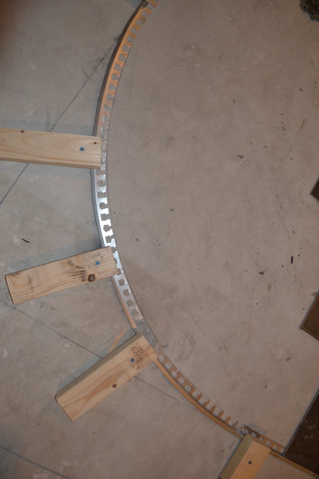 The Penny Parlor How To Curve A Tile Transition Strip