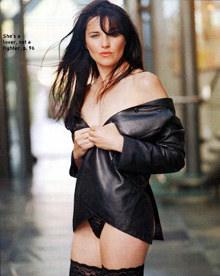 Lucy Lawless hot photos