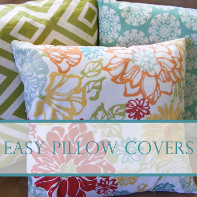 http://www.our-everyday-art.com/2013/05/easy-pillow-covers.html