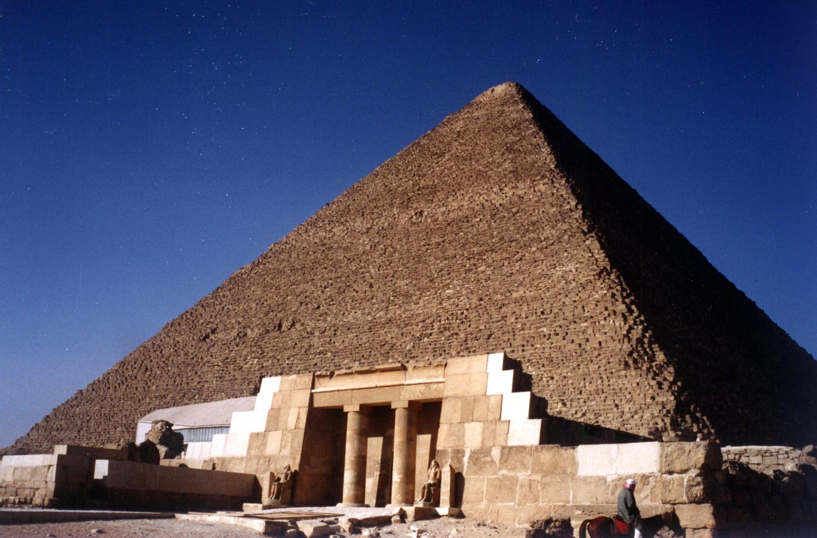 Al Qur'an Mengungkap Pembuatan Piramida Mesir