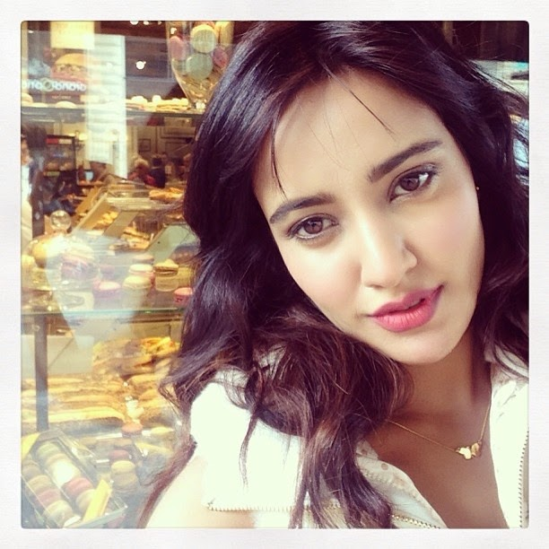 Neha Sharma Hot Selfie Unseen HD Wallpaper
