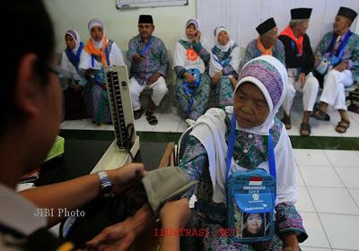 Haji Kloter 05 Kekurangan Obat