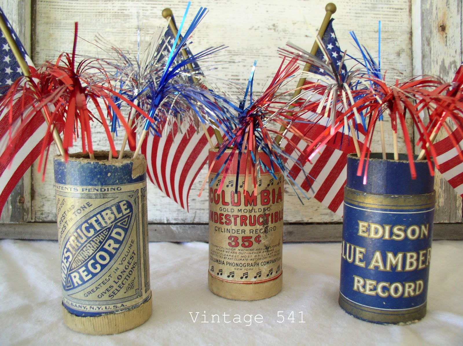 Vintage 541 Vintage Patriotic Decor