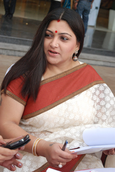kushboo in saree at big fm et awards latest photos