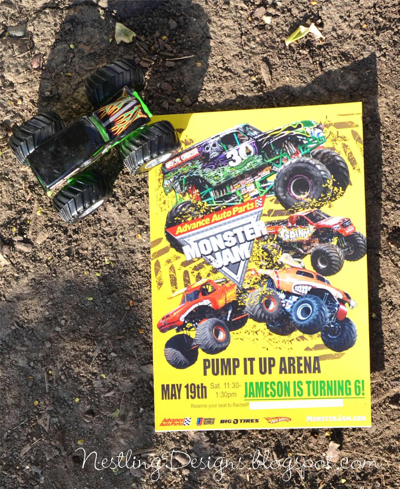 Nestling: Monster Truck Party :: Invitations