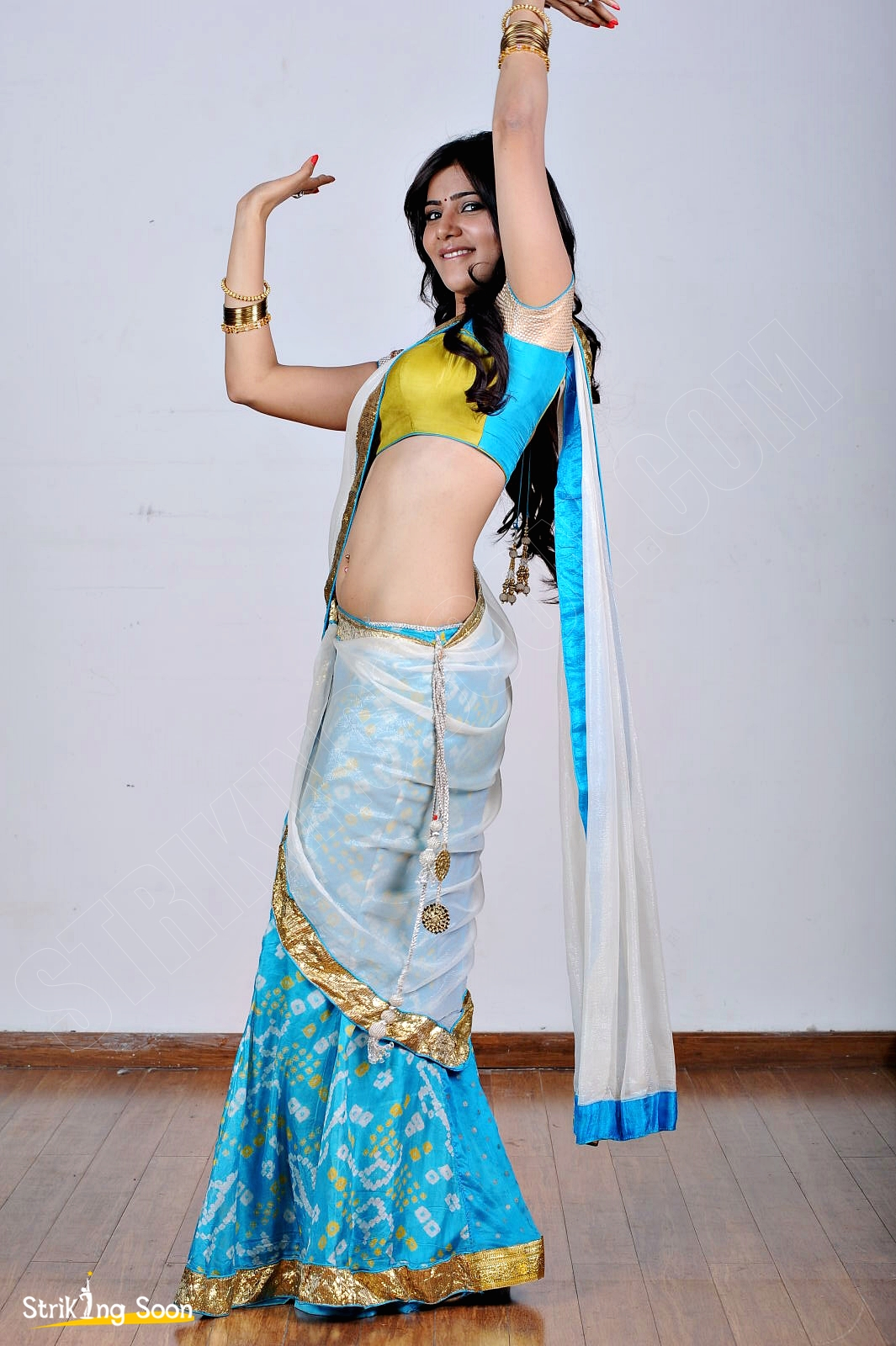 samantha hot navel show photos , hd images ~ strikingsoon