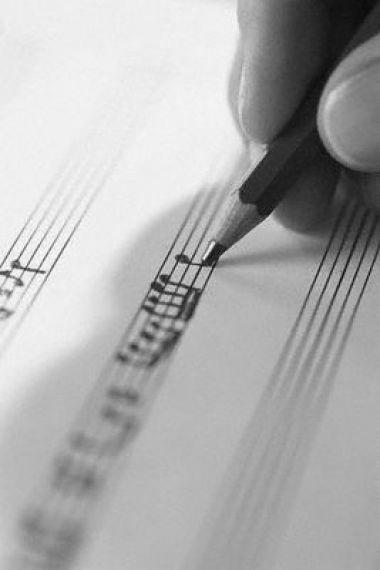 Vico equense on line con la musica nel cuore e nelle mani for Barba arredamenti vico equense