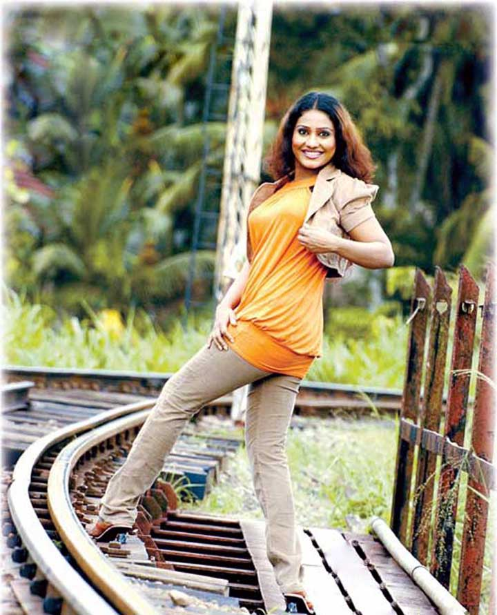 nayana kumari is a popular sri lankan sri lankan tele drama actress ...