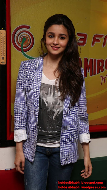 Alia Bhatt Latest Hot Pics
