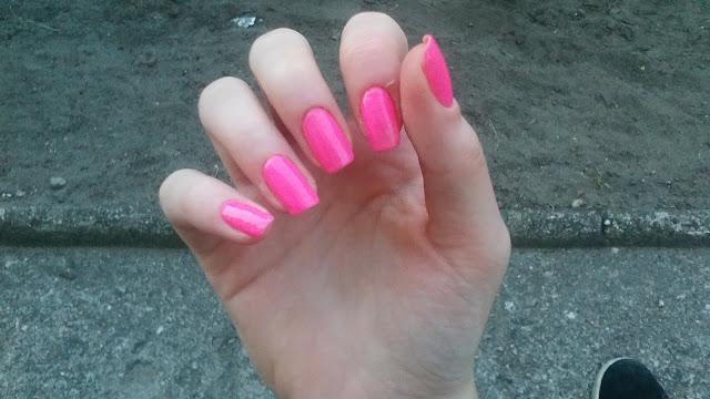 Różowy neon.
