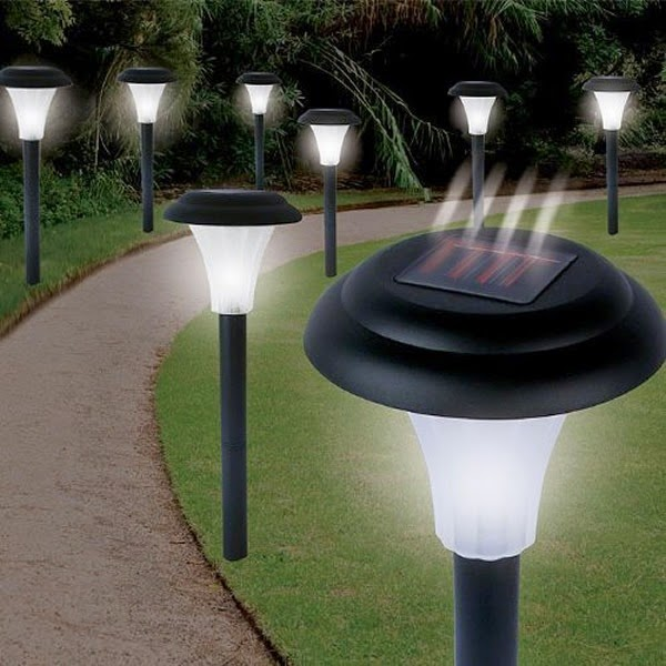 Ideas de iluminaci n fotos e im genes de iluminaci n - Luces de jardin solares ...