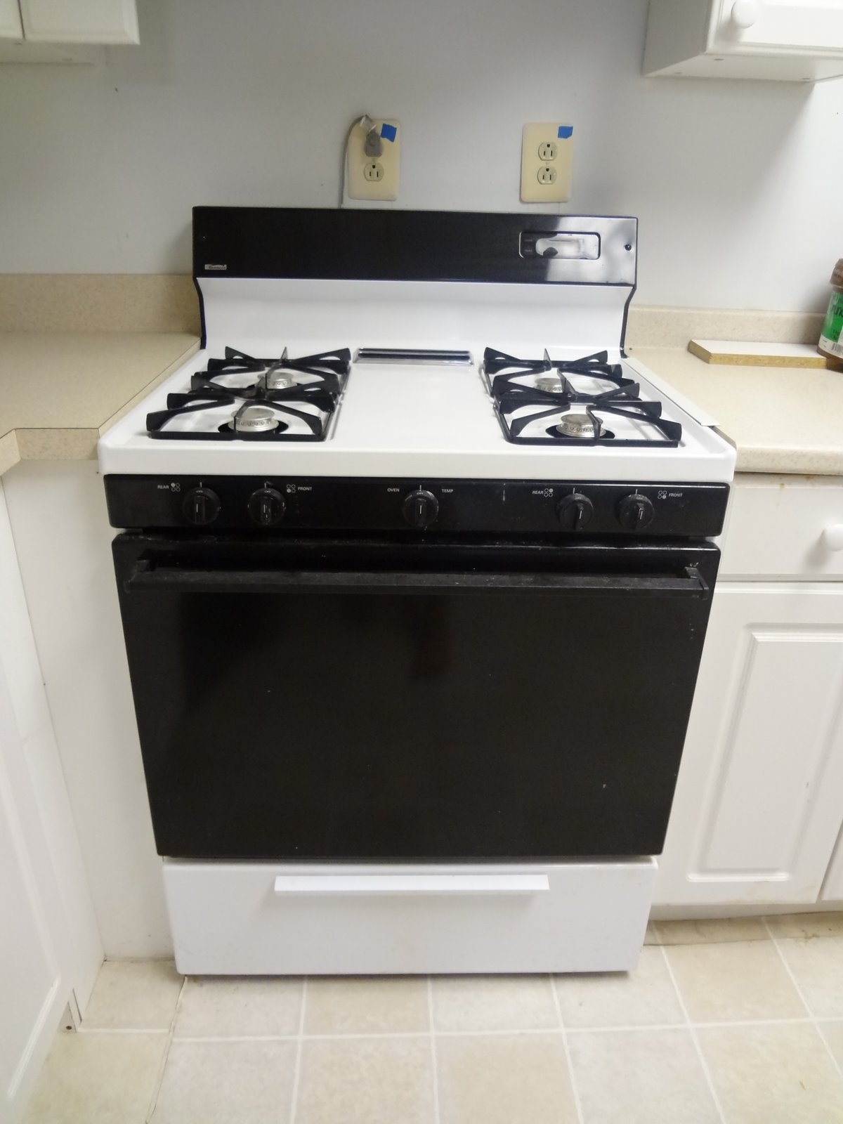 42 Gristmill Rd Howell NJ Moving Sale Kenmore Gas Stove