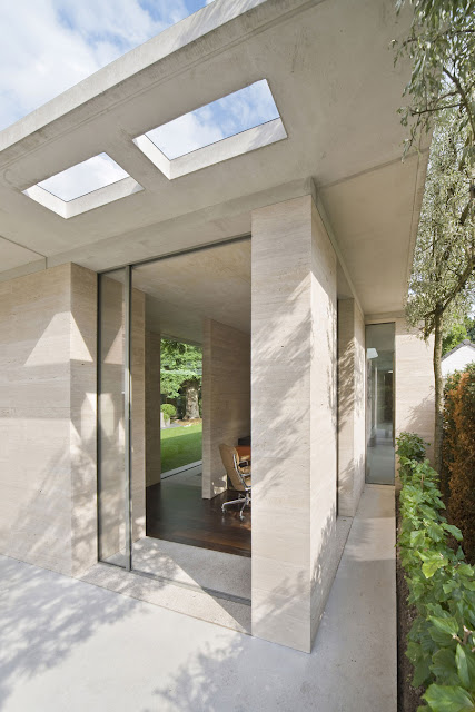 Concrete Ceiling, Glass Windows Matched with Concrete Wall