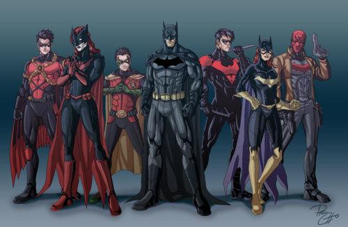 Bat-família: Robin Vermelho, Batwoman, Robin, Batman, Asa Noturna, Batgirl e Capuz Vermelho