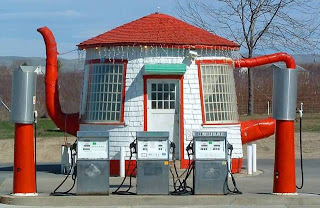 Teapot Gas Station