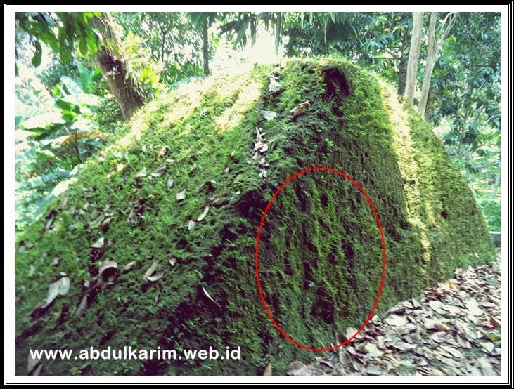 relief umang dari belakang gua sembahe