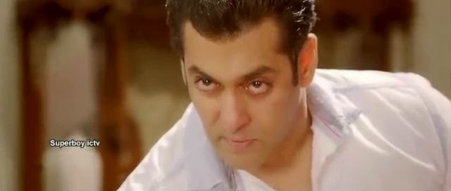 Screen Shot Of Hindi Movie Jai Ho 2014 300MB Short Size Download And Watch Online Free at worldfree4u.com
