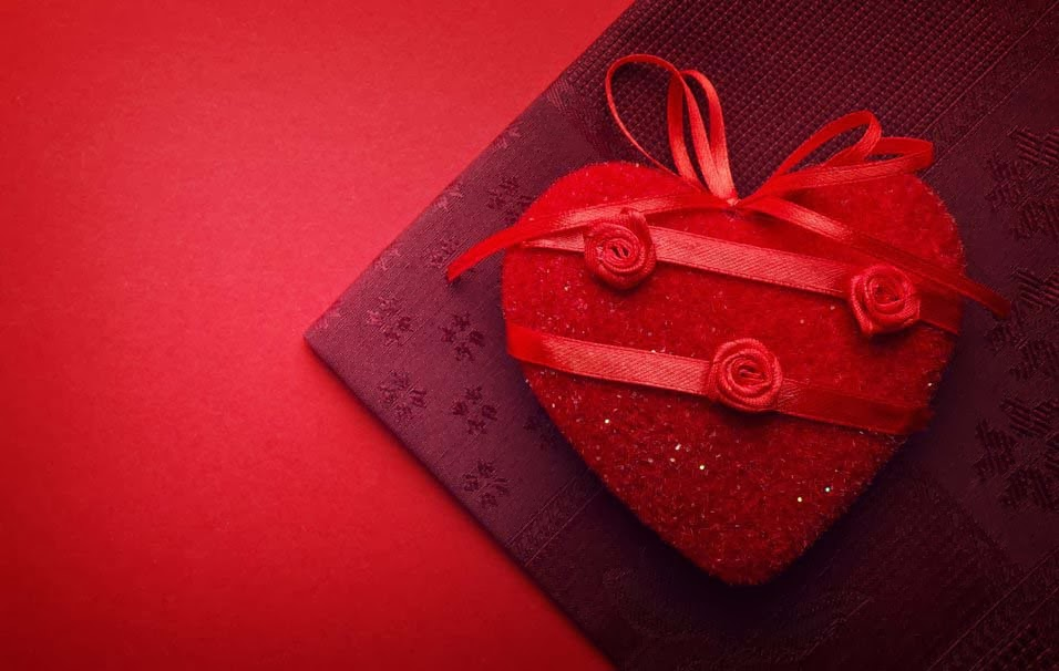 heart-tissue-red-ribbon-holiday-background-wallpaper