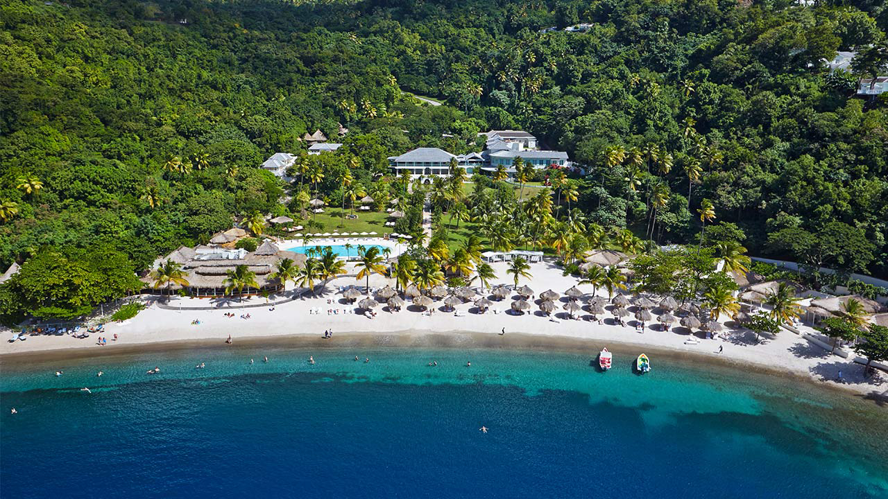 Between The Boxwoods Travel Tuesday Sugar Beach In St Lucia