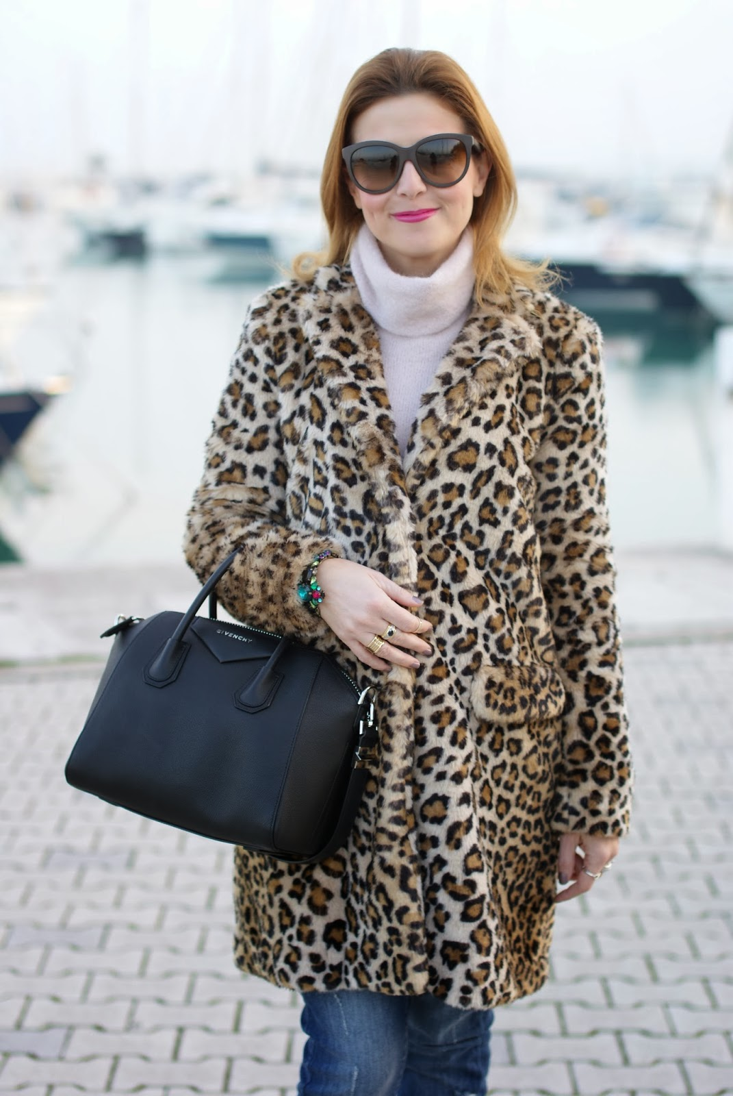 zara leopard coat, leopard faux fur coat, givenchy antigona bag, fashion and cookies, fashion blogger