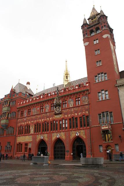 Rathaus Basel Roothuus