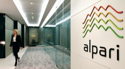 Apr 03,  · Alpari used to have a US-regulated entity and a UK-regulated entity in the past, although the former was closed as the US forex market consolidated, and the latter was one of the unlucky victims of the Swiss Franc anomaly in /5.