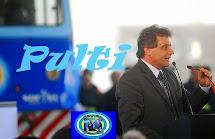 Pulti inaugura la primer ferroautomotora del país