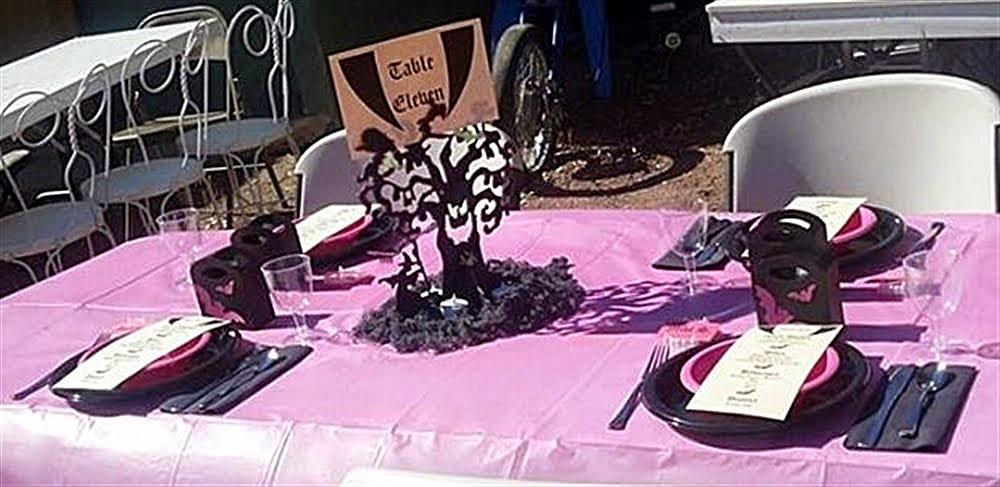 Vampire Table Decorations