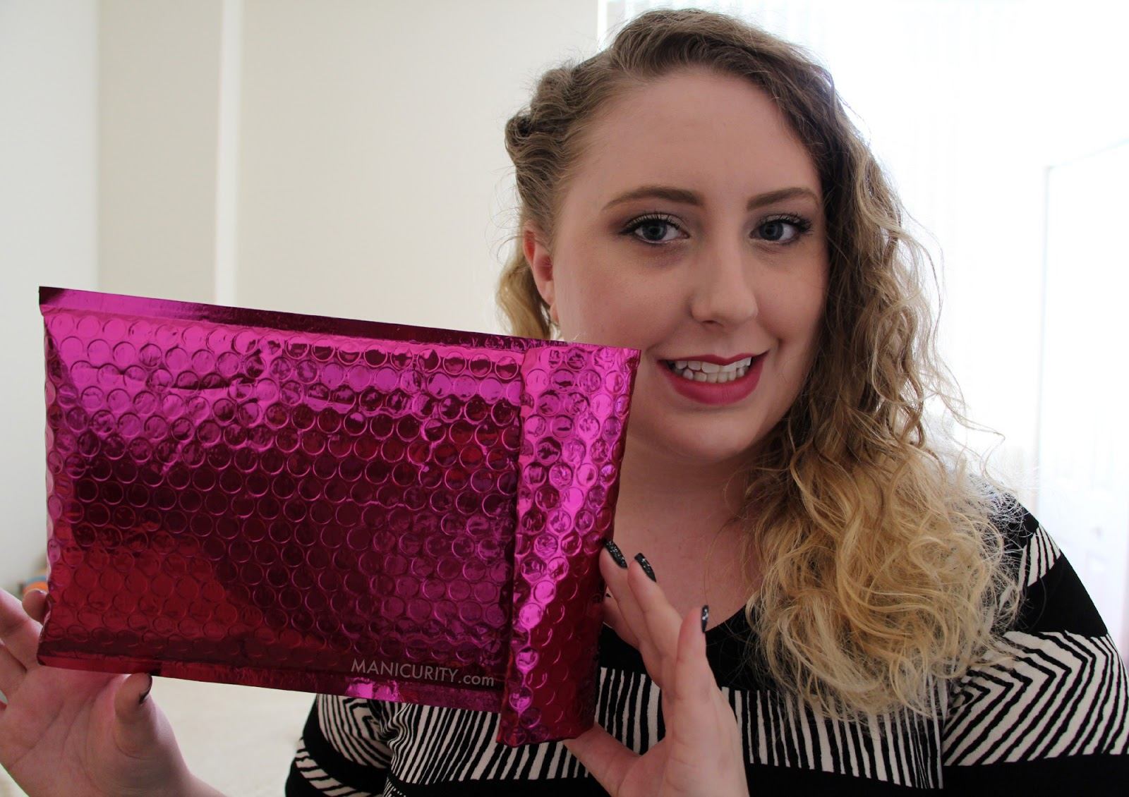 Ipsy Glam Bag January 2014 - First Impressions | Manicurity.com