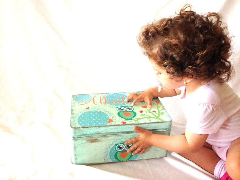 http://le-cose-animate.blogspot.ro/2014/08/blue-owl-box-cutie-personalizata.html