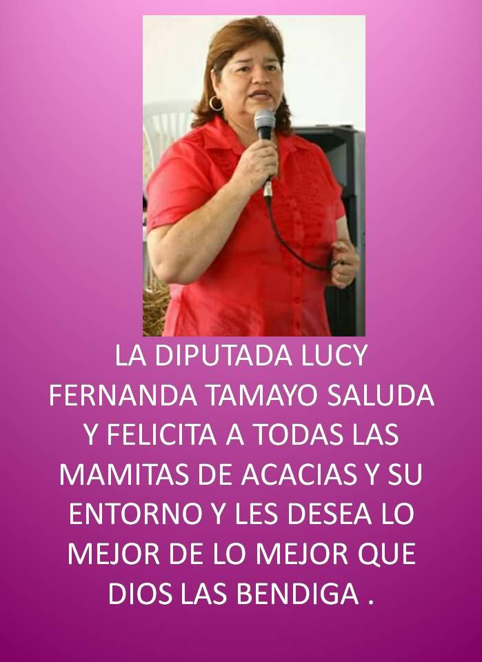 LUCY CON LAS MAMITAS DE ACACIAS