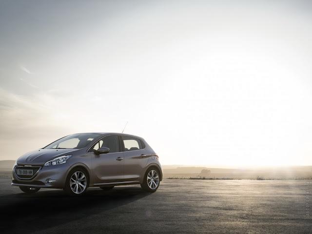 Peugeot 208 new photo