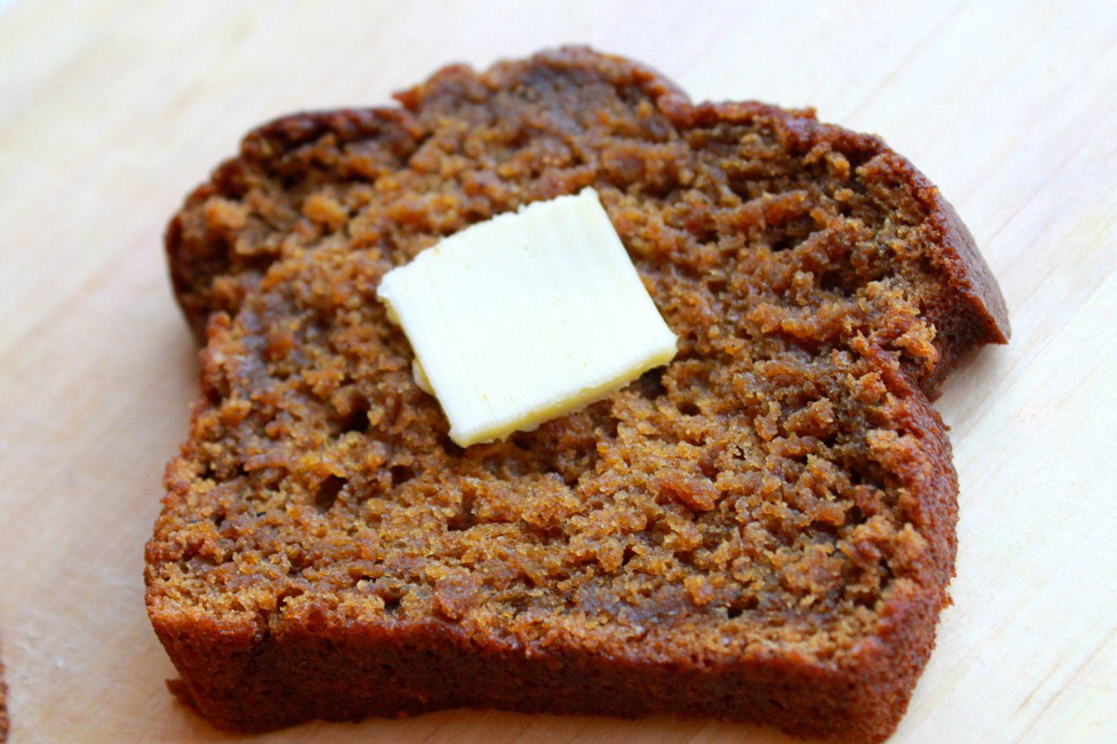 Domestic Revolt: Pumpkin Spice Bread