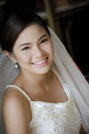 louise delos reyes, filipina