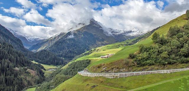 Schweizer Berglandschaft | Swiss Alpine Scenery